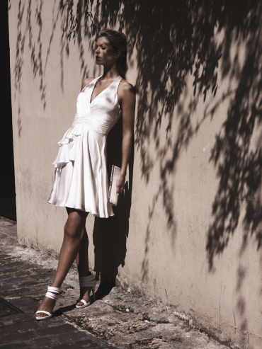 Hochzeitskleid mit V-Ausschnitt, kurz - Ugo Zaldi
