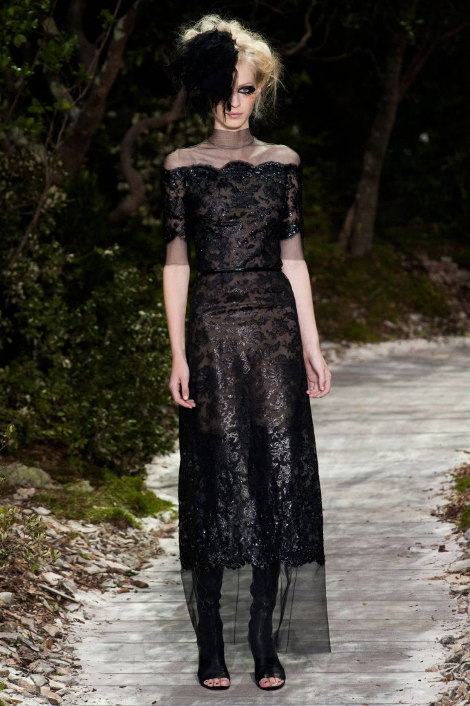 Chanel Abendkleid aus schwarzer Spitze