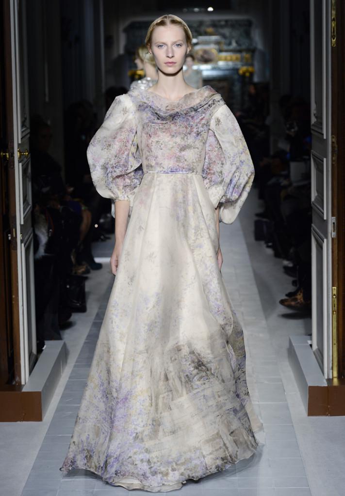 Valentino Abendkleid mit Puffärmel