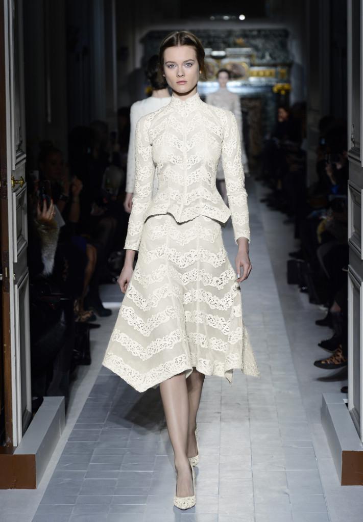 Valentino Abendkleid langarm, weiß, knielang