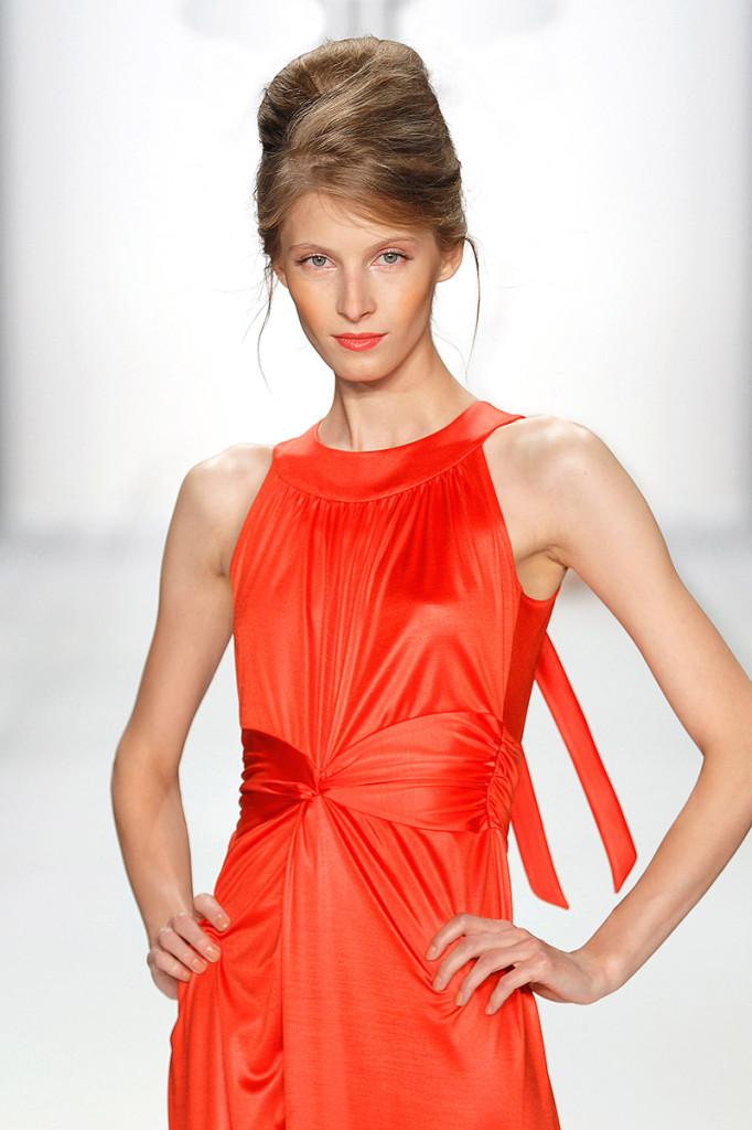 Abendkleid rot,  Kollektion 2013 Minx Mode
