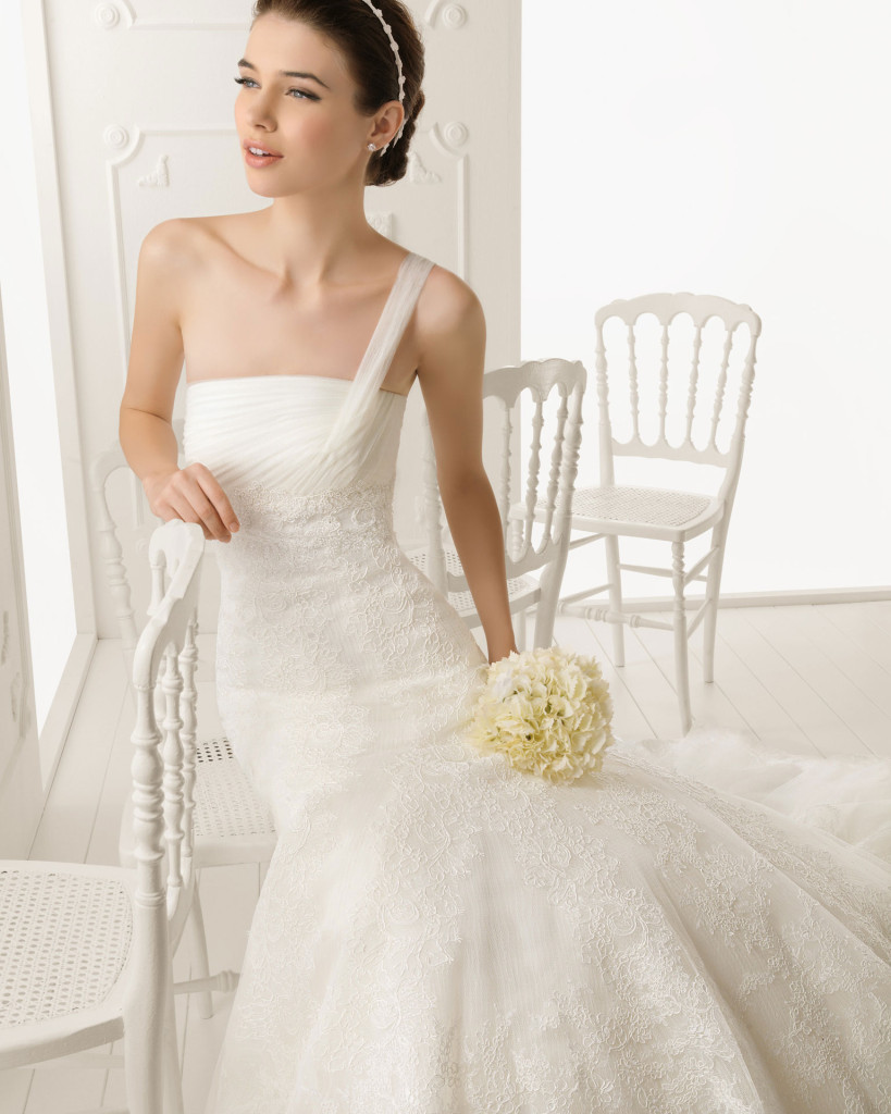 Brautkleid weiß, AIRE Barcelona  2013