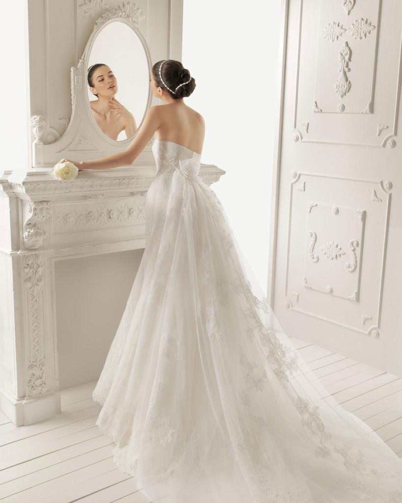 Brautkleid Rückansicht - AIRE Barcelona