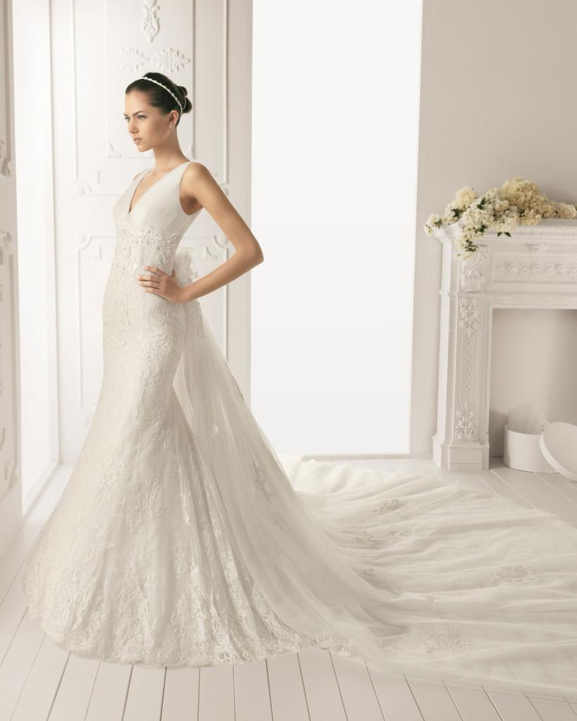 Brautkleid mit Schleppe, AIRE Barcelona