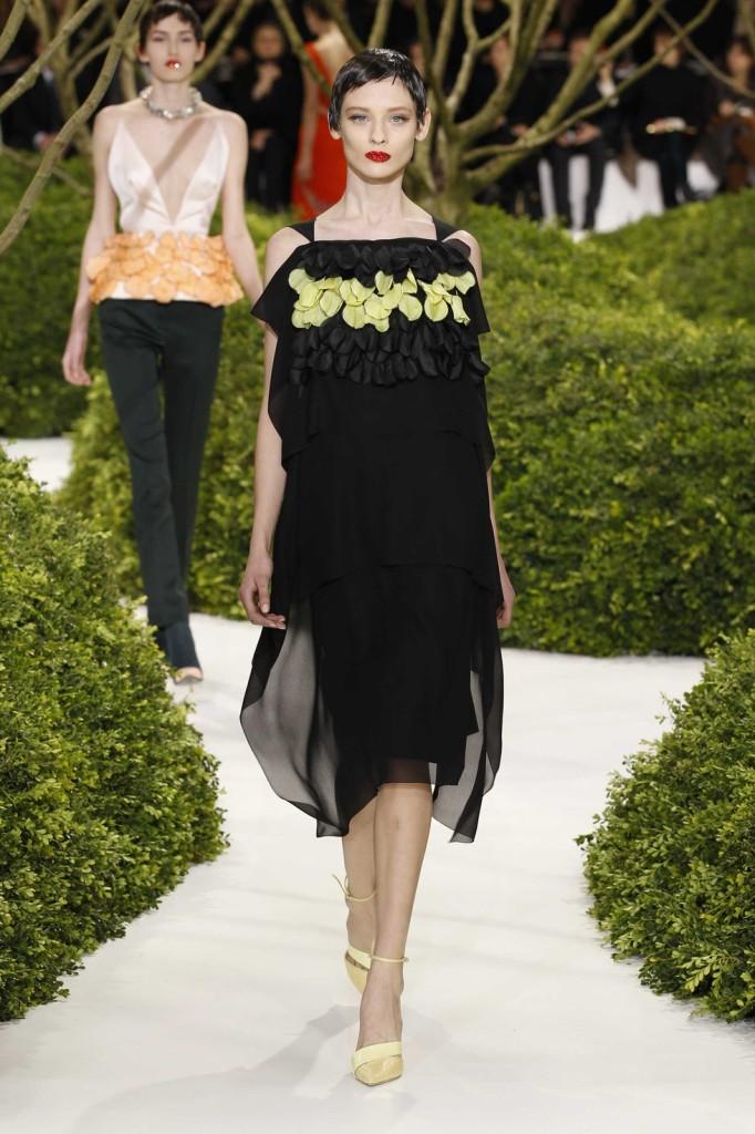 Besticktes schwarzes Cocktailkleid, Dior