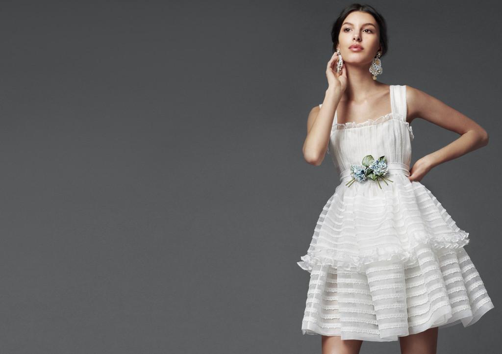 Kurzes weißes Cocktailkleid D & G 2014