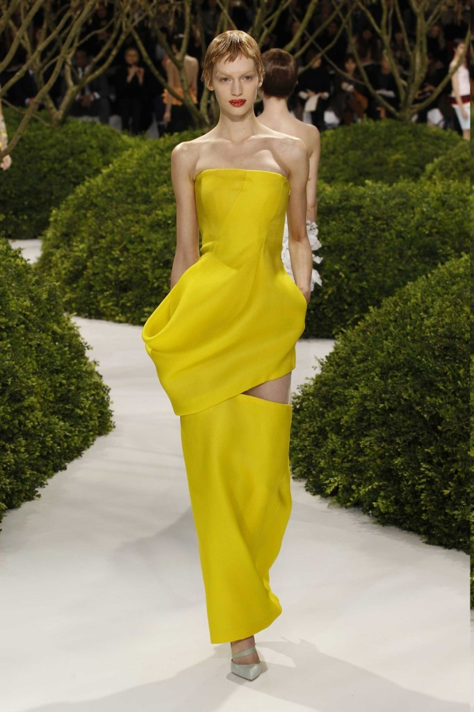 Seidenkleid, Abendkleid gelb mit Cut-outs, Dior