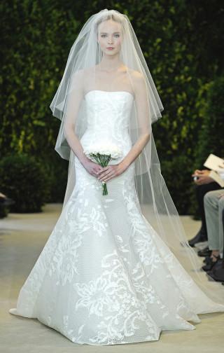 Trägerloses Brautkleid Carolina Herrera 2014