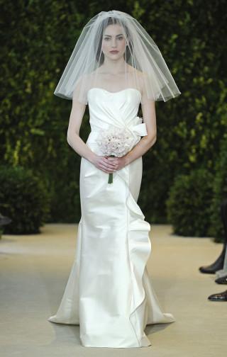 Modernes Brautkleid, Carolina Herrera 2014