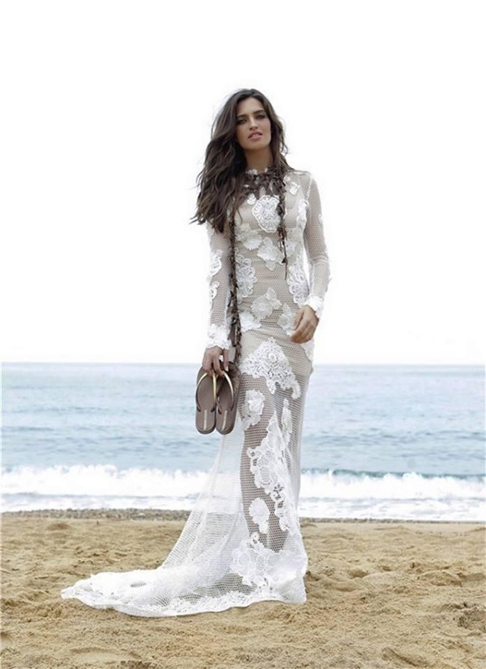 Langarm Brautkleid aus Spitze