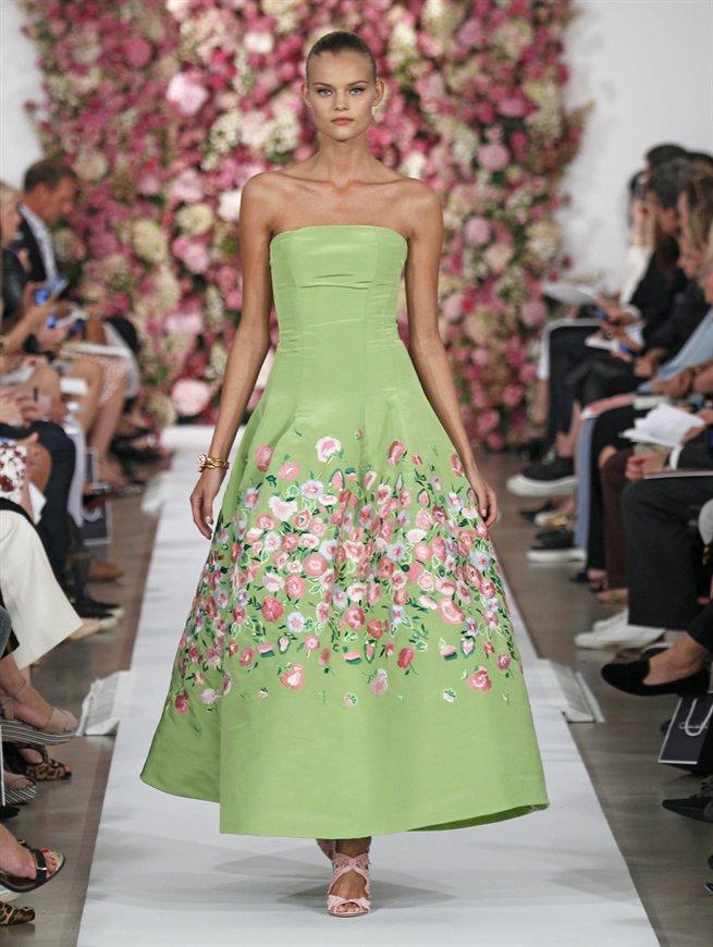 Blütenkleid grün mit rosa Blüten, Oscar de la Renta 2015