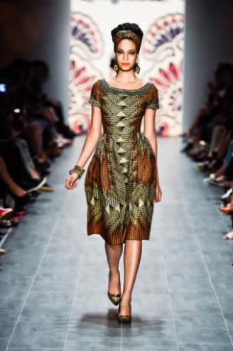 Kleid mit Afrika Prints, Lena Hoschek SS 2015