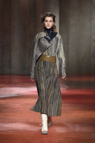 Marni Winter 2015 / 2016 - Langes Outfit