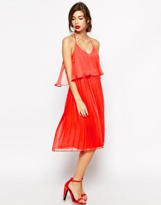 Rote Kleider, rote Cocktailkleider