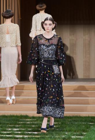 Schwarzes Abendkleid, Chanel