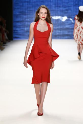 Rote Kleider bei Lena Hoschek
