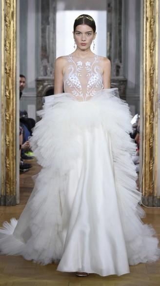 Brautkleid mit opulentem Rockvolumen