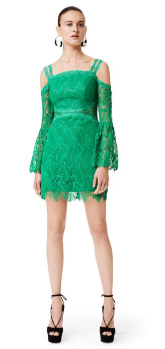 Grünes Kleid aus dem three floor online shop: www.threefloorfashion.com